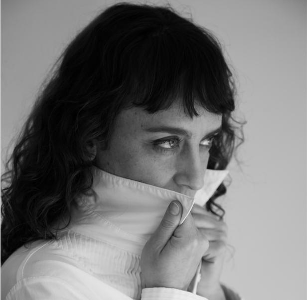 Un Dimanche Idéal : María Perlita — sometimeStudio